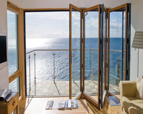 Bīdāmās terases durvis – ir mūsdienīgas populārās konstrukcijas